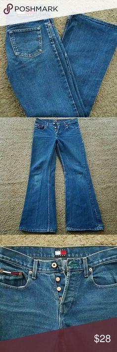 Men's Tommy Hilfiger Jeans Button fly bell bottoms. 29x29 Tommy Hilfiger Jeans