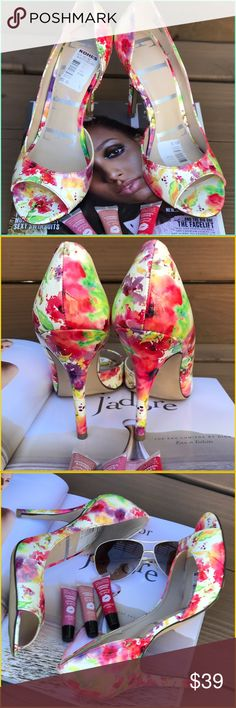 👠Elle👠 Summer floral chic Elle pumps, I have so much fun with shoe candy and clothes!. This is the reason why, so much pizazz and sass to shirts sunnies and so much more. Rock the fashion, brand new with tags Kohls (59.99). Heel height 41/2 Elle Shoes Heels