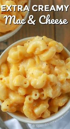 Crock Pot Mac and Cheese is one of our favorite slow cooker side dishes. A smooth cheesy sauce with perfectly tender pasta. This easy recipe required just minutes of prep and comes out of the slow cooker perfect every time! Grilled Mac And Cheese, Cheesy Mac And Cheese, Creamy Macaroni And Cheese, Mac And Cheese Homemade, Cheesy Sauce, Crackpot Mac And Cheese, Mac And Cheese Recipe With Cream Cheese, Simple Mac And Cheese, Tutorials