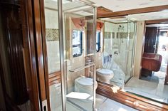 bathroom of the #Newmar Essex RV