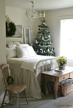 Simple white Christmas in the bedroom