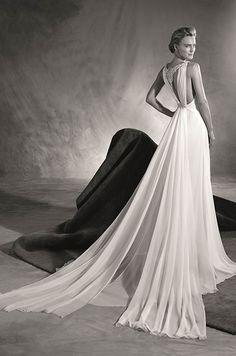 See photos of Pronovias's 2017 wedding dress collection.