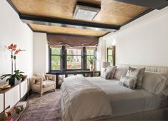 Cameron Diaz's Kelly Wearstler-designed house is for sale Cameron Diaz, Kelly Wearstler, Greenwich Apartment, New York City Apartment, City Apartments, Manhattan Apartment, Celebrity Bedrooms, Celebrity Houses, Celebrity Style