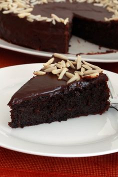 Chocolate Almond Quinoa Cake. Gluten free. >>> *This would be a great way to help use up the 5lb bag of quinoa we have in the kitchen.