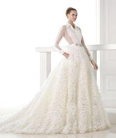Vestidos de novia de la colección  Atelier 2015 -Pronovias