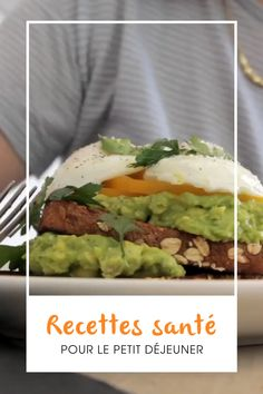 Un peu pressés ce matin? Nos idées de recettes sont faciles et délicieuses. Healthy Breakfast Recipes, Healthy Snacks, Healthy Eating, Healthy Recipes, Breakfast Ideas, Breakfast Slider, Clean Eating, Easy Recipes, Clean Diet