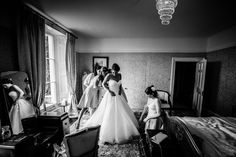 Penton Park - such a fabulous venue, photographically it ticks all the boxes too - look at the gorgeous light in the bedrooms, perfect for bridal prep. People Having Fun, Documentary Wedding Photography, Park Weddings, On Your Wedding Day, Wedding Pictures, Wedding Venues, Bride, Portrait, Ticks