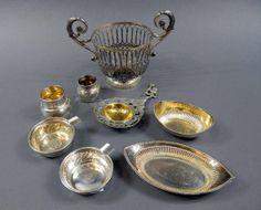 Konvolut von acht kleinen Silberteilen, 7 x Silber 800 und 1 x Silber 13 Lot, darunter Durchbruchkorb, Schalen, Aschenbecher mit eingefasste...