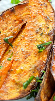 Extra Crispy Sweet Potato Wedges - Baker by Nature Vegetarian Recipes, Cooking Recipes, Healthy Recipes, Healthy Meals, Potato Dishes, Savoury Dishes, Potato Recipes, Crispy Sweet Potato Wedges, Vegetable Side Dishes