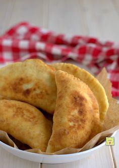 Empanadas, Soul Food, Street Food, Finger Foods, Italian Recipes, Food And Drink, Yummy Food, Bread, Cooking