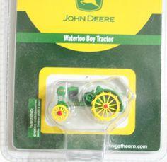 John Deere 1:87 HO Scale Toy Tractor Waterloo Boy Diecast # 7702 #JohnDeere