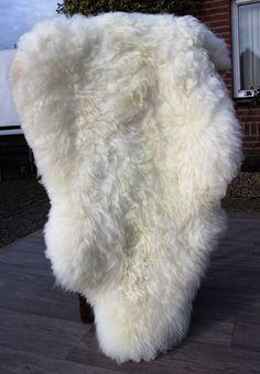 schapenvacht wit met zeer dikke wol