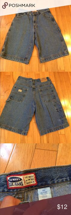 Old Navy shorts Old Navy carpenter shorts.  Good condition.  Size 30. Old Navy Shorts Jean Shorts
