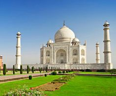 India Golden Triangle Tour Packages, Book affordable Golden Triangle Tour packages with desert riders excursion and enjoy tour packages in India.