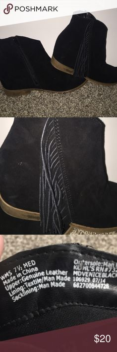 Fringe Booties These booties are perfect for fall. They add a cute style to any outfit. They're perfect for any outfit and are comfortable ••Offers Welcome•• Mudd Shoes Ankle Boots & Booties