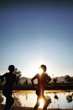 Selbstmotivation zum Sport: Die Hahner-Zwillinge zeigen, wie man sich eine neue Routine angewöhnt