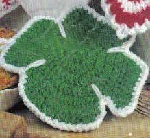 Free Crochet Pattern ~ St. Patrick's   Day Potholder