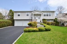 Lovely home in Woodbury. The seller grew up in this house. The buyer just starting to make new memories there for her family. Starting with fun in the backyard pool!!