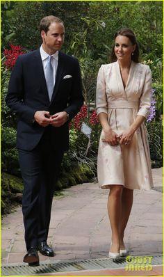 Prince William & Duchess Kate: Singapore Botanical Gardens! Kate is in Jenny Packham. ivory flowered dress royals britain