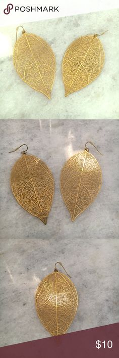 """Gold tone leaf statement earrings Really pretty gold tone leaf statement earrings. For pierced ears. Approximately 3"""" long. Wear with everything!!! Jewelry Earrings"""