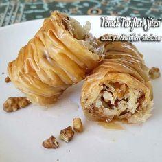 Baklavalık Yufkadan Burma Baklava Tarifi Pastry Recipes, Cake Recipes, Snack Recipes, Snacks, Sweet Pastries, Bread And Pastries, My Dessert, Turkish Recipes, Iftar