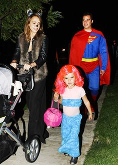 Bubble Guppies Halloween Costumes bubble guppies deema and oona homemade costumes Jessica Albas Kiddo As Molly From Bubble Guppies Now I Have A Visual