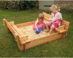 sandbox with seat that become the cover (site has link to build plans)