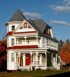 """Queen Anne in Picton. Typically, Queen Anne home are called """"Painted Ladies"""" because of their feminine appearance."""