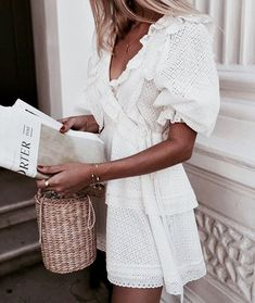 In A Search For A Perfect White Dress For Summer We are looking for a perfect white summer dress and have made a small visual board to round off all our favorite looks Look Fashion, Street Fashion, Fashion Outfits, Womens Fashion, Feminine Fashion, Girly Outfits, Latest Fashion, Girl Fashion, Fashion Belts
