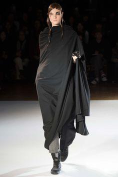 Yohji Yamamoto Fall 2015 Ready-to-Wear