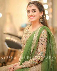 Excellent Wedding Ever Pakistani Party Wear, Pakistani Wedding Outfits, Bridal Outfits, Pakistani Dresses, Indian Dresses, Pakistani Clothing, Bridal Mehndi Dresses, Mehndi Outfit, Eastern Dresses