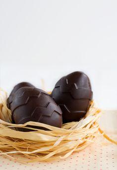 Huevos kinder. Huevos de Pascua  http://www.unodedos.com/recetario-de-cocina/huevos-kinder-huevos-de-pascua/