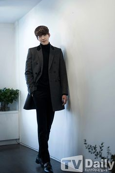 It took about an hour to compile these interview shots of Kim Woo Bin, and there might still be more trickling in as I type this. But when you have a new obsession, you put up with the tedious proc… Kim Woo Bin, Asian Actors, Korean Actresses, Korean Actors, Korean Dramas, Ahn Jae Hyun, Korea Boy, Korean People, Yook Sungjae
