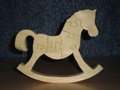 Puzzle en bois de sapin, constitué de 6 pièces. Décoratif et ludique, il aidera votre enfant dans ses apprentissages. Traité à l'aide d'une lasure aux normes jouets, sans dan - 12171525