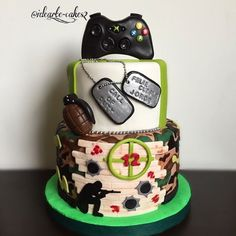 tortas de call of duty * tortas call of duty Xbox Party Food, Call Of Duty Cakes, Bolo Fack, Xbox Cake, Video Game Cakes, Cakes For Boys, Love Cake, Cake Creations, Celebration Cakes