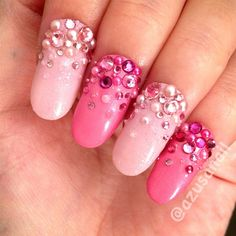 Super Awesome Pink Nail Art!! I just love it.