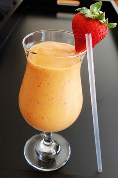 How to Strawberry Mango Smoothie