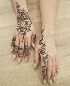 Simple yet elegant henna