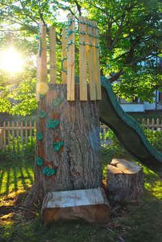 Old tree is now a climbing wall, crow's nest and slide.   Great idea for a tree house, too! Kids Yard, Play Yard, Outdoor Play Spaces, Kids Outdoor Play, Outdoor Fun, Outdoor Decor, Natural Playground, Tree House Playground, Playground Ideas