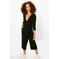 Boohoo Hannah Roll Sleeve Relaxed Culotte Jumpsuit (2,090 INR) ❤ liked on Polyvore featuring jumpsuits, black, jump suit, cocktail jumpsuit, print jumpsuit, cocktail party jumpsuit and sleeve jumpsuit