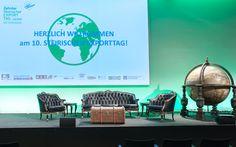 Bühnengestaltung beim 10. Steirischen Exporttag 2014 in Graz Space, Design, Home Decor, Savings Bank, Graz, Floor Space, Decoration Home, Room Decor