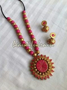 Fancy Jewellery, Temple Jewellery, Beaded Necklace Patterns, Jewelry Patterns, Teracotta Jewellery, Terracotta Jewellery Designs, Terracotta Earrings, Paper Beads, Polymer Clay Jewelry