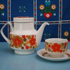 vintage Pontella tea set