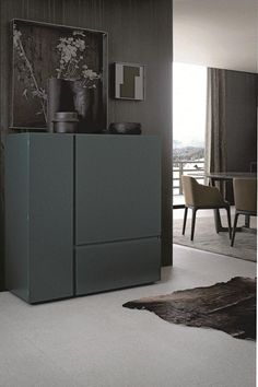 The Free Sideboard, designed by Carlo Colombo for Poliform, is a product of great precision, with stylized and geometric shapes and simple lines. Cabinet Furniture, Furniture Decor, Furniture Design, Estilo Interior, Interior Styling, Drawer Design, Dark Interiors, Interior Design Inspiration, Decoration