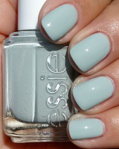 Essie Wedding Collex - Who is the Boss? Essie Wedding Collex - Who is the Boss? Gorgeous Nails, Love Nails, How To Do Nails, Pretty Nails, My Nails, Blue Toe Nails, Glitter Nails, Essie Nail Polish, Nail Polish Colors