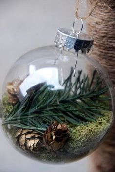 Nothing says I love you like homemade Christmas ornaments! Here is 75 ways to fill clear glass ornaments for homemade Christmas Ornaments! Woodland Christmas, Noel Christmas, Diy Christmas Ornaments, Homemade Christmas, Diy Christmas Gifts, Rustic Christmas, Winter Christmas, Holiday Crafts, Christmas Decorations