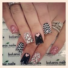 """See 124 photos and 3 tips from 44 visitors to Botanic Nails. """"Best wax and Best acrylic nails I've ever had! Fancy Nails, Love Nails, How To Do Nails, Pretty Nails, Seasonal Nails, Holiday Nails, Botanic Nails, Valentine Nail Art, Boxing Day"""