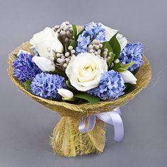из роз и тюльпанов с гиацинтом - круглосуточная доставка цветов на заказ от Букеты.ру