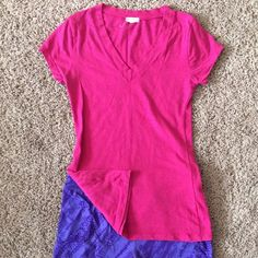 "Fuchsia Pink T shirt Tunic small Medium can almost be a tunic. Approx 26"" length from shoulder. See my other items and bundle Tops Tunics"