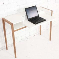Le bureau FARRINGDON - chêne massif FSC, bois peint blanc mat - lignes pures - éco, déco et design